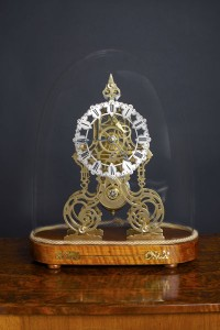 Olde Time Victorian Skeleton clock