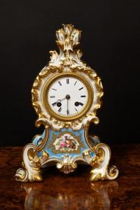 Olde Time French Porcelain Mantel Clock