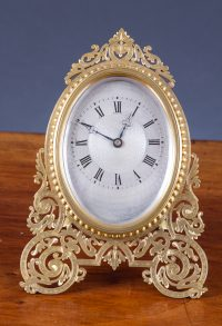 Olde Time Victorian Strut Clock